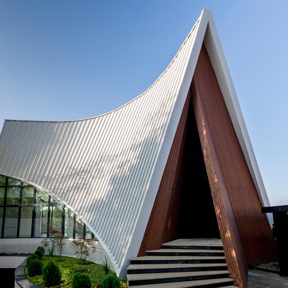 10- ساختمان های موج جدید معماری ایران