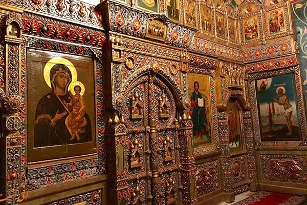 کلیسای-جامع-سنت-باسیل-4
