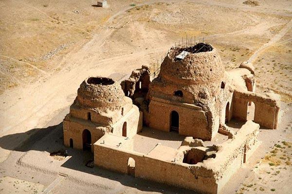 کاخ سروستان، قدیمی ترین گنبد آجری ایران